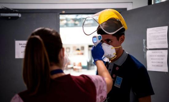 La OMS advierte que la ciencia no respalda un 'pasaporte de inmunidad' contra el coronavirus