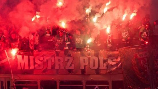 La Liga polaca podría reanudarse el próximo 29 de mayo