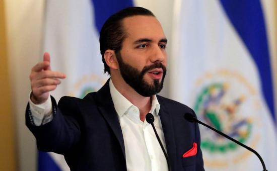 Presidente salvadoreño autoriza a usar fuerza letal para enfrentar pandillas
