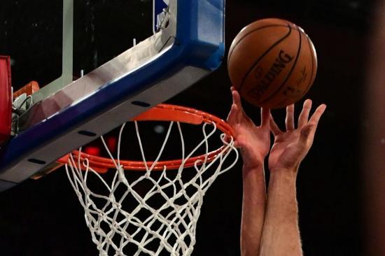 La NBA da marcha atrás y solo permitirá entrenamientos a partir del 8 de mayo