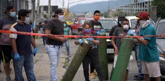 El comité de DD.HH. en Ecuador pide declarar la ''crisis humanitaria'' en Guayaquil