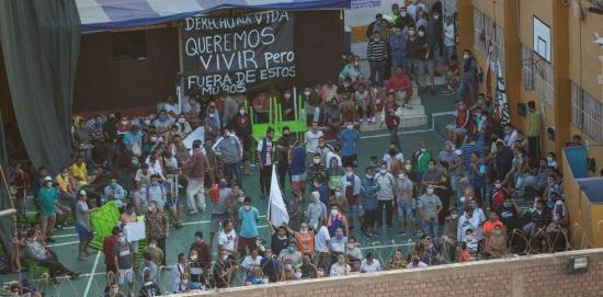 Aumentan a nueve los presos muertos por el motín en una cárcel cerca de Lima