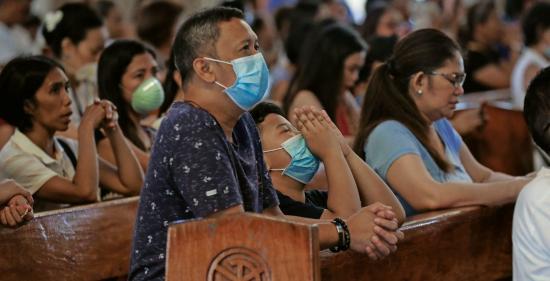 La fe contra el virus, la otra receta latinoamericana frente a la pandemia