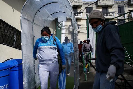 Quito pide más aislamiento en su lucha contra el coronavirus