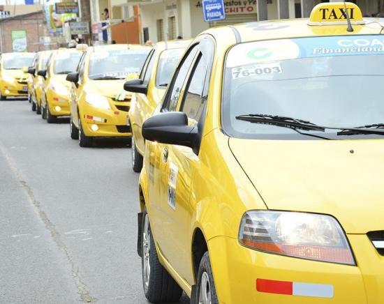 Portoviejo: Taxis podrán operar de 05h00 a 22h00 desde este lunes 4 de mayo