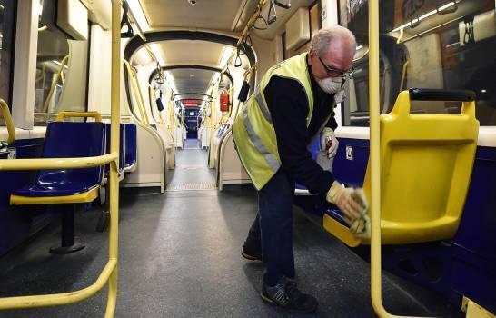 Italia ensaya cómo será el transporte público en la era del coronavirus