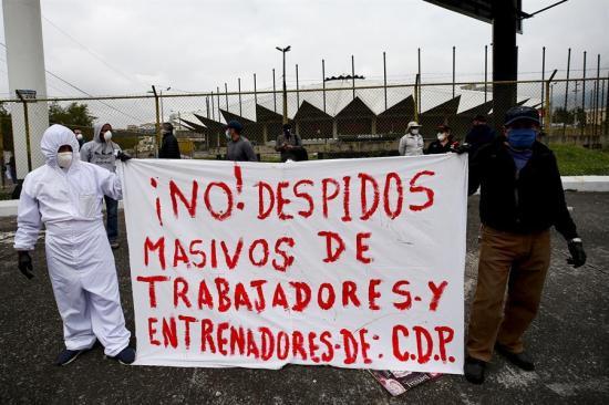 Trabajadores reclaman ayuda ante crisis por el Covid-19 en atípica jornada del 1 de Mayo en Ecuador