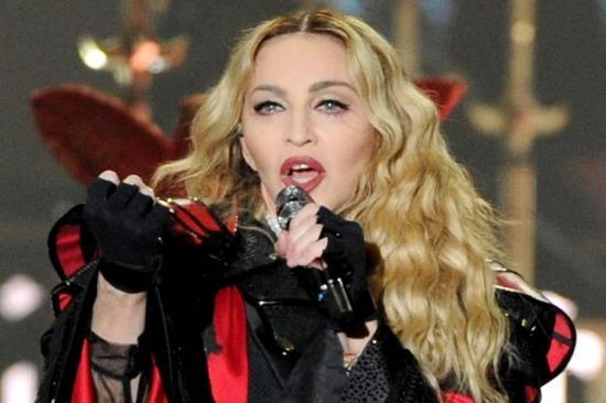 """Madonna planea """"respirar aire con Covid-19"""" tras dar positivo en test de anticuerpos"""
