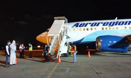 84 ecuatorianos llegaron a Manta desde México en vuelo humanitario