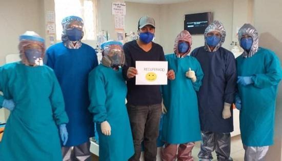 Seis pacientes con Covid-19 reciben alta hospitalaria en el Centro de Aislamiento de Manta