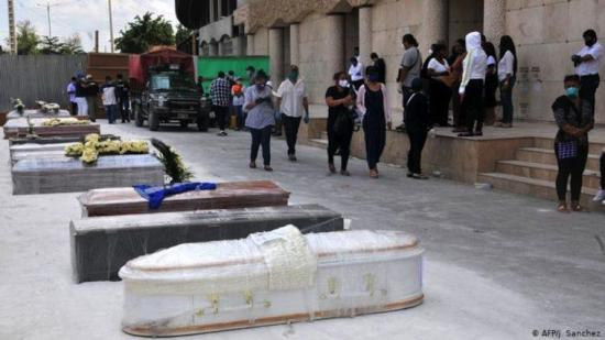 Piden medidas para manejo de muertos por COVID-19 en Ecuador