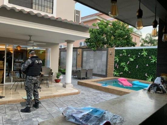 Caso IESS: 14 detenidos por compra de fundas para cadáveres con supuesto sobreprecio
