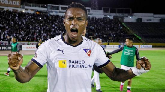 Antonio Valencia dona su salario y otros futbolistas también brindan ayuda