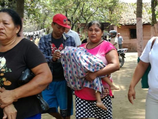 Fallecen dos niñas en Guatemala tras colapsar una pared a causa de la lluvia