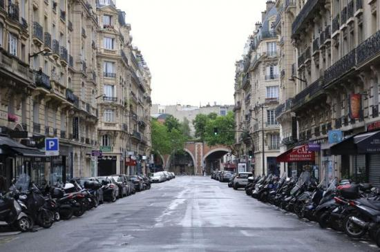 Francia se prepara para salir del confinamiento pese las incertidumbres