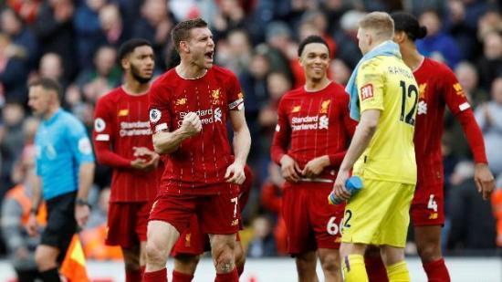 La Premier League podrá reanudarse el 1 de junio tras 'luz verde' del Gobierno británico