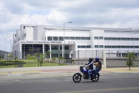 En el Hospital de Especialidades se habilitó un laboratorio para tomar pruebas de Covid-19