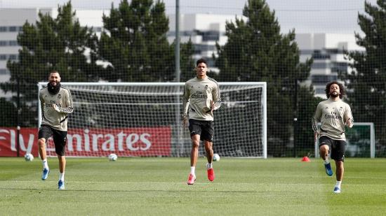 Zidane aumenta la carga de trabajo en el tercer entrenamiento