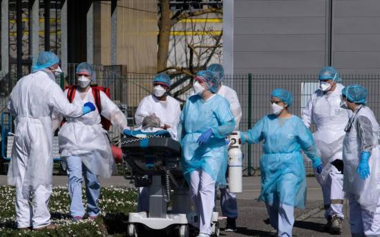 Francia homenajeará a los sanitarios en su fiesta nacional del 14 de julio