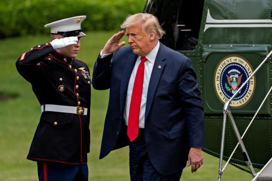 Donald Trump insinúa que podría ser presidente de Estados Unidos durante 9 o 13 años más