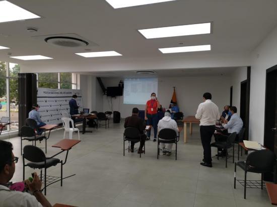Ordenan prisión preventiva para siete de los detenidos en el operativo Fortuner por corrupción en Manabí