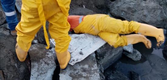 Empresa de aguas trabaja en reparación de acueducto con fuga