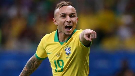 El abuelo del futbolista brasileño Everton muere por Covid-19: 'No es una gripecita'