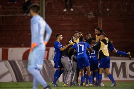 El fútbol en Ecuador se reanudaría en julio, con plan B si se extiende pandemia