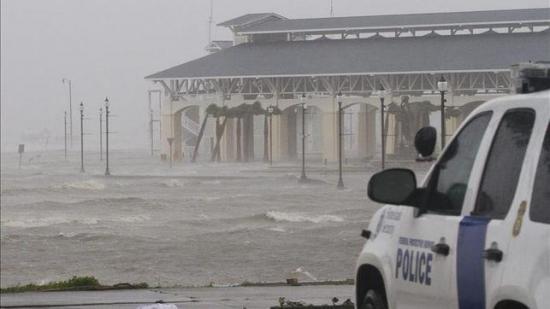 EEUU teme una temporada de huracanes 'extremadamente activa' en el Atlántico