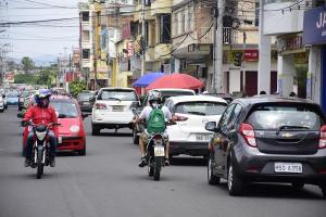 EMERGENCIA: Flujo vehicular se duplica en Portoviejo