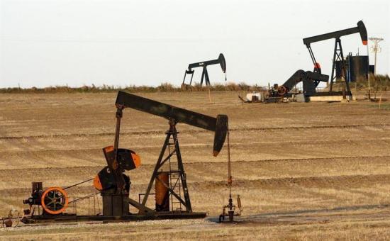 El petróleo de Texas baja un 3,36 % por corrección de mercado e incertidumbre