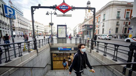 Aumenta en España las muertes diarias por coronavirus a 70 personas