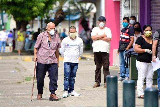 Manabí supera los dos mil casos de coronavirus Covid-19, según cifras del MSP