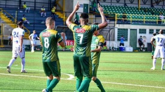 El Limón FC, primer club sancionado en Costa Rica por violar normas de seguridad del Covid-19