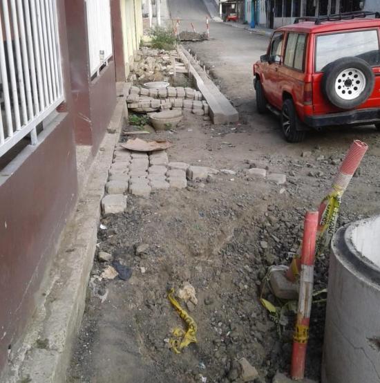 PORTOVIEJO: Habitantes reclaman por trabajos inconclusos en  la ciudadela Miraflores