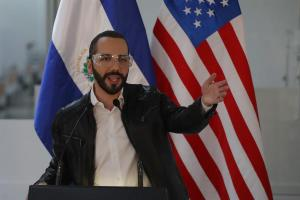 El presidente salvadoreño Nayib Bukele revela que toma hidroxicloroquina contra el Covid-19