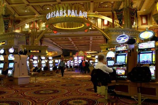 Casinos de Las Vegas abrirán el 4 de junio bajo estrictas medidas sanitarias