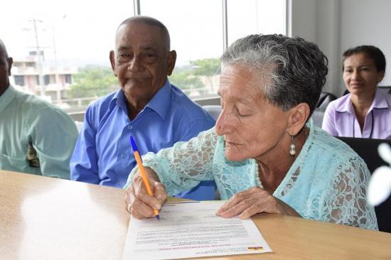Con el semáforo en amarillo Registro Civil reagendará bodas de marzo y abril