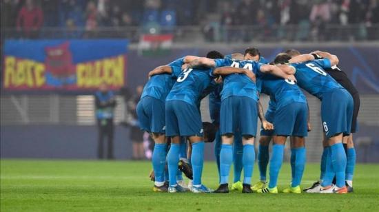 La liga rusa de fútbol recibe autorización para jugar partidos con espectadores