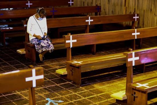 Ecuador registra 3.313 fallecidos oficiales de COVID-19 y 38.471 casos