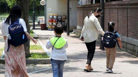 Corea del Sur reducirá el número de alumnos en las aulas ante el repunte de casos de Covid-19