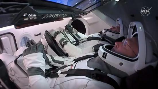 SpaceX lanza la primera misión tripulada privada de la historia
