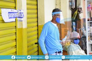 Diez locales comerciales fueron clausurados en Portoviejo