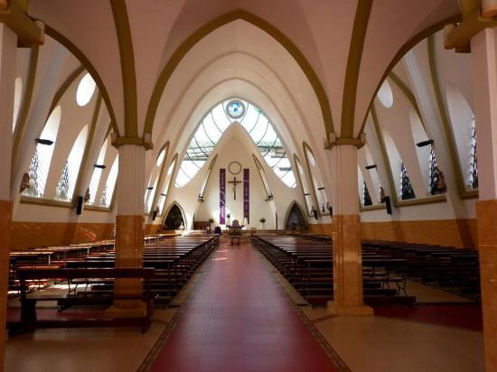 Las iglesias de Ecuador deben hacer desinfección cada dos horas