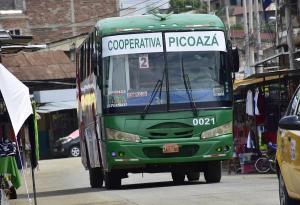 PORTOVIEJO: Dueños de buses proponen subir a 50 centavos el pasaje