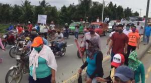 Habitantes de la parroquia Crucita protestan contra la Ley de Pesca de Ecuador