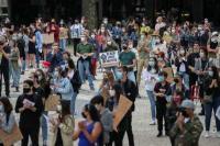 Miles de personas protestan en Portugal contra racismo y violencia policial