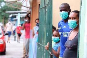 Ecuador registra 80 nuevos fallecidos por COVID-19 y totaliza 4.087