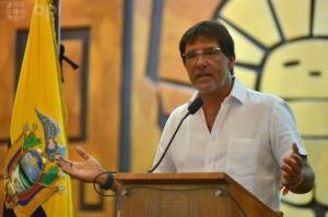 Carlos Luis Morales, prefecto de Guayas, muere de un infarto fulminante