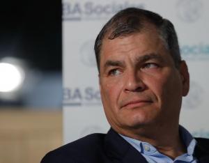 Movimiento de Correa teme ser proscrito para próximos comicios en Ecuador